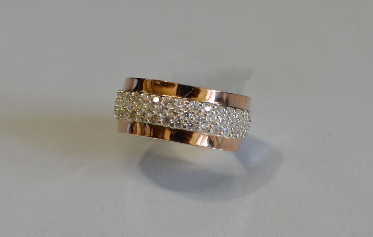 Срібна каблучка з золотими пластинами купить 63cd400f352e7